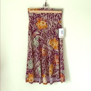 SALE \LuLaRoe\• NWT Azure Skirt